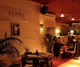Restaurante Karma Rest o Lounge