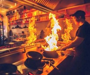 Restaurante Wok To Walk